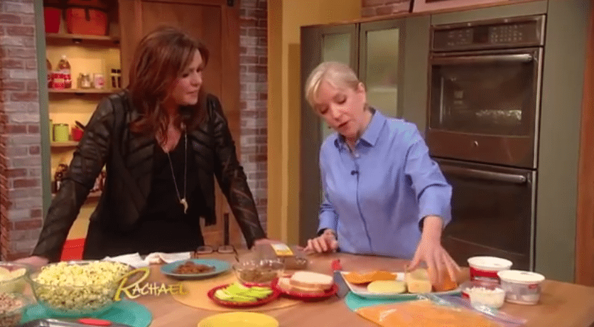 She Put A Loaf Of Bread Under Some Running Water, What Happened Next Is Awesome