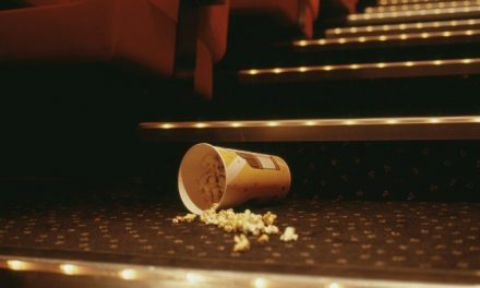10 Reasons Why You Get Dirty Looks In The Cinema