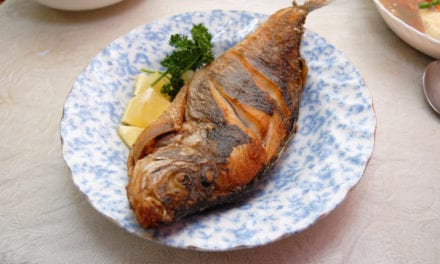 5 Effective Tips To Get Rid Of Fish Bone Stuck In Your Throat