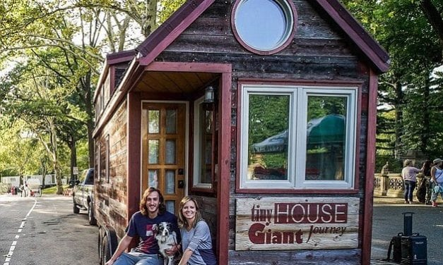 Woman Quits Her Job To Build A Tiny House And Travel The World
