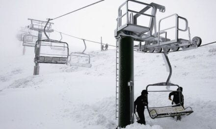 Victoria's Snow Fields Delay Skiing Lift Opening