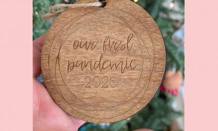 ELECTION: Are You Offended By Jennifer Aniston' s ' The First Pandemic' Christmas Decoration?