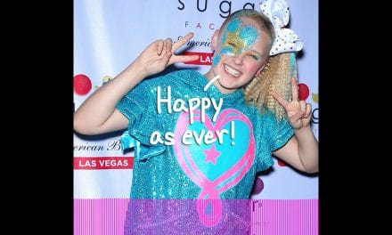 Is usually JoJo Siwa Being Gay and lesbian Bad For Her Business? | Perez Hilton