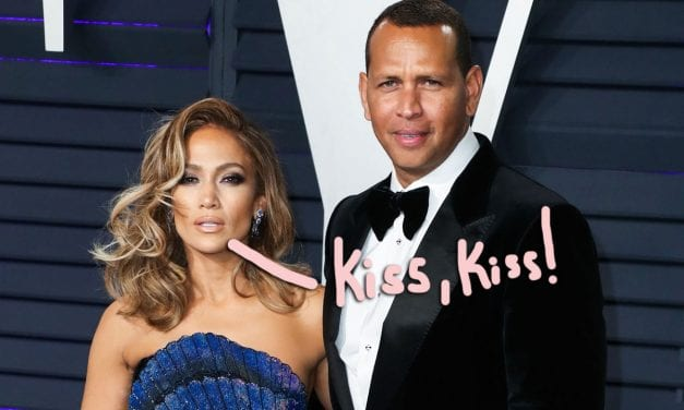Jennifer Lopez & Alex Rodriguez Making Sure EVERYBODY Sees Their PERSONAL DIGITAL ASSISTANT In New Pictures!