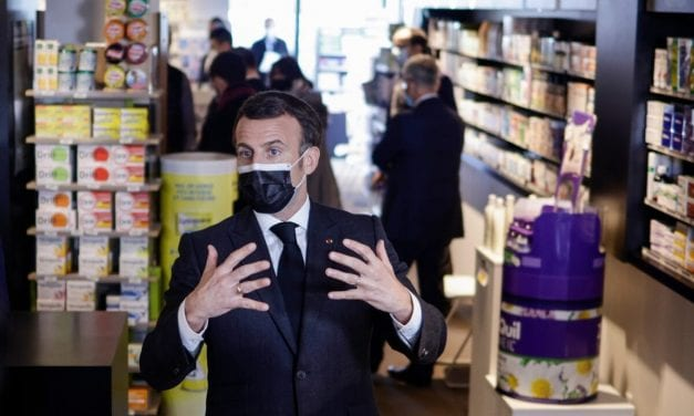 Italy Hit by third Virus Surge; Tradition Minister in Medical center