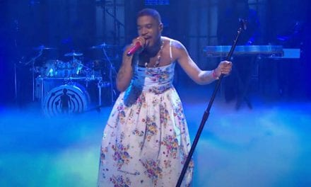 "Open up Post: Hosted Simply by Kid Cudi's Flower Dress Tribute In order to Kurt Cobain Upon ""Saturday Night Live"""
