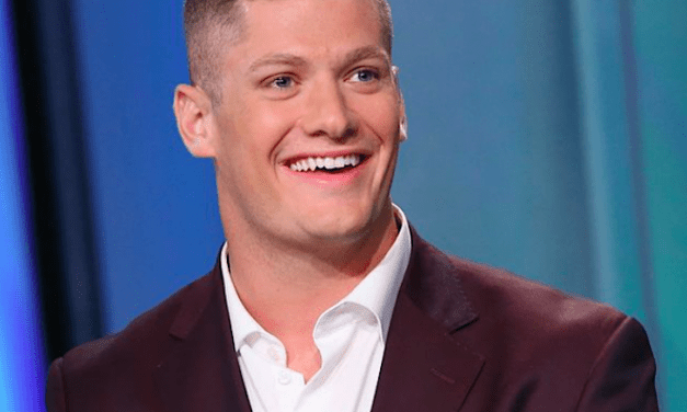 Carl Nassib Is Now The very first Active NFL Gamer To Come Out As Homosexual