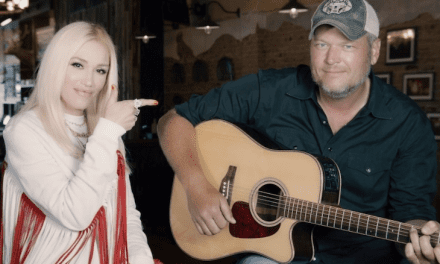 Open up Post: Hosted Simply by Newlyweds Gwen Stefani And Blake Shelton Being Sickening