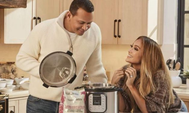 Jennifer Lopez Is Apparently Cutting Business Connections With Alex Rodriguez Too
